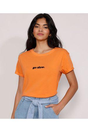 "Clockhouse Camiseta Feminina Manga Curta Go Slow"" Flocada Decote Redondo """
