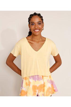 Basics Mulher Camiseta - Camiseta Feminina Básica Cropped Manga Curta Decote V Amarela
