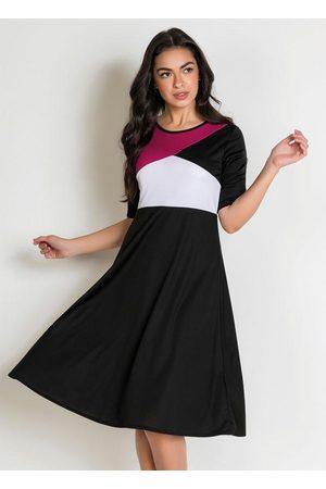 ROSALIE Vestido Evasê Tricolor Moda Evangélica