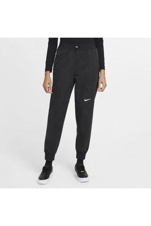 Nike Calça Sportswear Swoosh Feminina