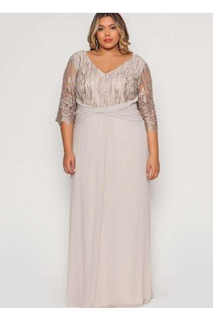 Pianeta Vestido Almaria Plus Size Longo Degagê Beg