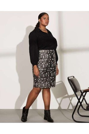 Pianeta Mulher Minissaia - Saia Almaria Plus Size Longuete Paetê Pret