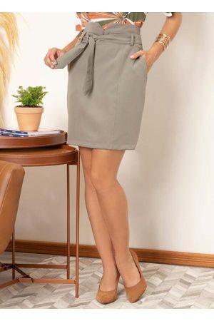 QUINTESS Mulher Minissaia - Saia Clochard com Bolsos Funcionais