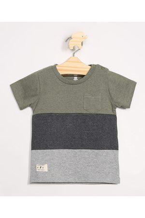 Baby Club Camiseta Infantil com Recortes e Bolso Manga Curta Gola Careca Militar