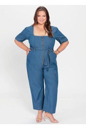 Mink Macacão Plus Size Jeans Claro com Botões