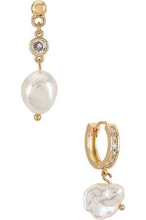Ettika Pearl Drop Earrings Set in Metallic .