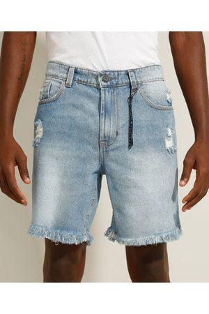 Clockhouse Bermuda Reta Jeans com Rasgos e Chaveiro Claro