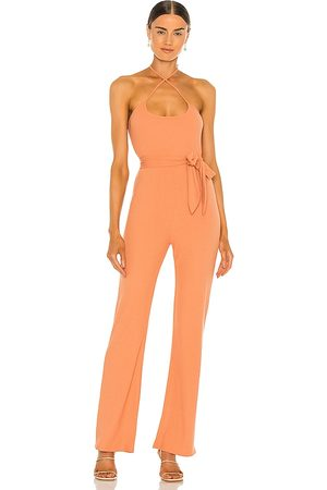 Lovers + Friends Macacão - Langley Jumpsuit in Peach. - size L (also in M, S, XL, XS)