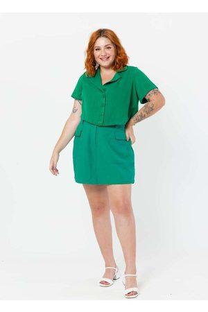 Tal Qual Camisa Cropped Plus Size com Gola Blazer