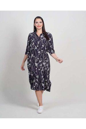 Newumbi Mulher Vestido Estampado - Vestido Midi Almaria Plus Size New Umbi Estampado