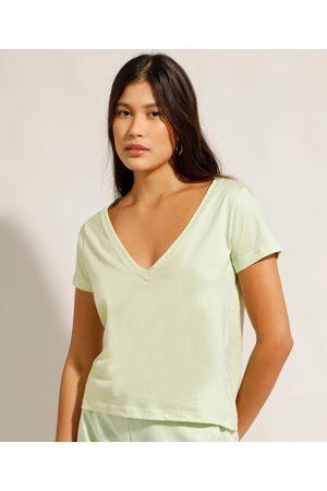 Basics Camiseta Básica Manga Curta Decote V Verde Claro