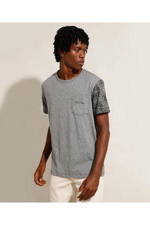 Suncoast Camiseta com Bolso Manga Curta Estampada Gola Careca Mescla