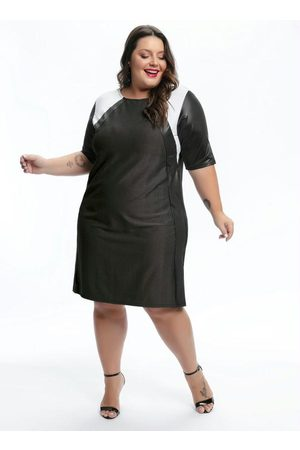 Mink Vestido Plus Size com Mangas Cirrê