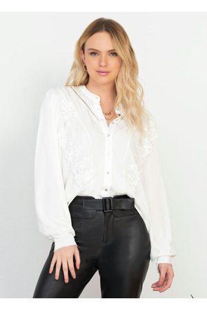 Doce Trama Camisa em Plano Viscose Off White
