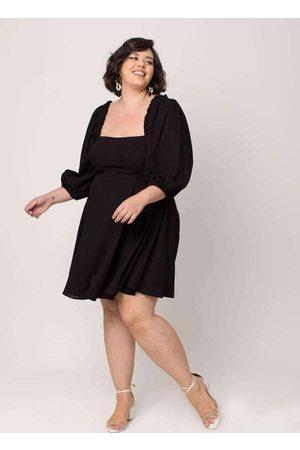 Tal Qual Vestido Almaria Plus Size Curto