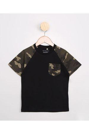PALOMINO Camiseta Infantil de Algodão Básica Raglan com Bolso Camuflado Manga Curta Preta