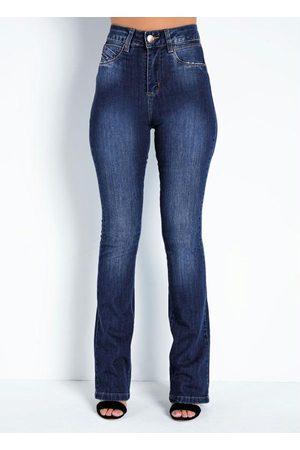 Sawary Jeans Calça Jeans Boot Cut com Bordado no Bolso Sawary