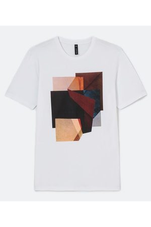 Request Camiseta Manga Curta em Algodão com Estampa Geométrica | | | G