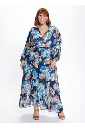 Mink Vestido Plus Size Longo Transpassado Floral
