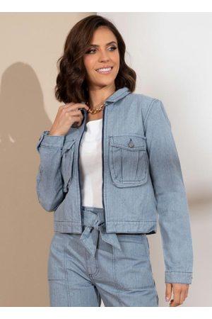 QUINTESS Jaqueta Cropped em Jeans Sustentável com Bolsos