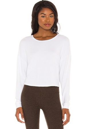 Beyond Yoga Pulôver - Do The Twist Cropped Pullover in . - size L (also in M, S, XS)