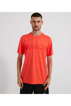 Get Over Homem Camisolas de Manga Curta - Camiseta Esportiva com Estampa Localizada Listras       GG