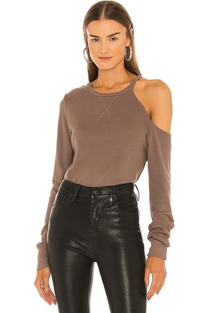 LA Made Mulher Básica - Iconic Cold Shoulder Top in Brown. - size M (also in L, S, XS)