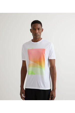 Get Over Camiseta Esportiva com Estampa de Quadrado Degradê       M