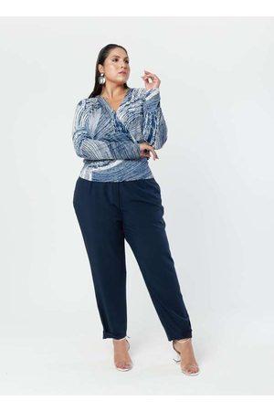 Pianeta Blusa Estampada Almaria Plus Size Decote V