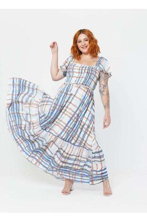 Tal Qual Vestido Almaria Plus Size Longo Estampado