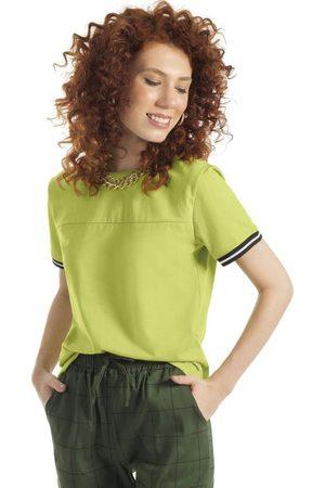 Habana Mulher Camiseta - Blusa Manga Curta com Retilínea